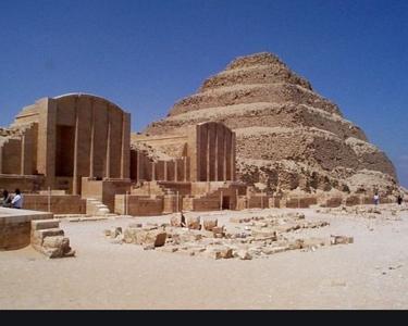 Saqqara Pyramid - Tutankhamon Tour